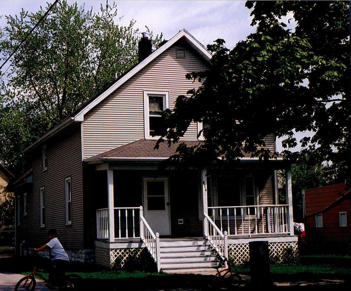 The house located at 816 North Maple Street.